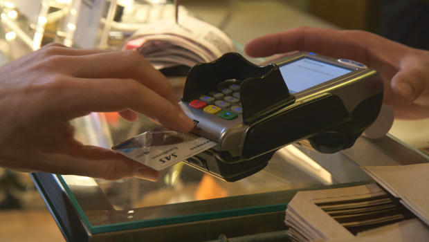 Sweden is going cashless: How Swedes are accommodating to