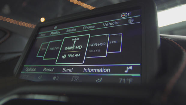 satellite-car-radio-620.jpg