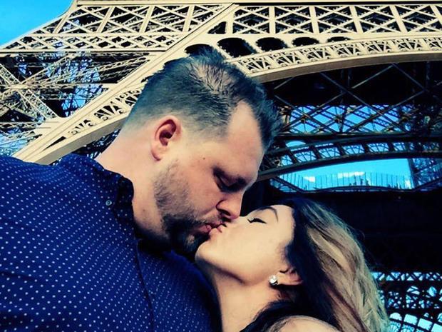 deltondo-kiss.jpg