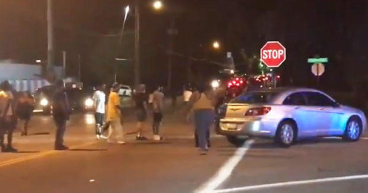 Memphis police shooting: Deadly shooting leads to anger and