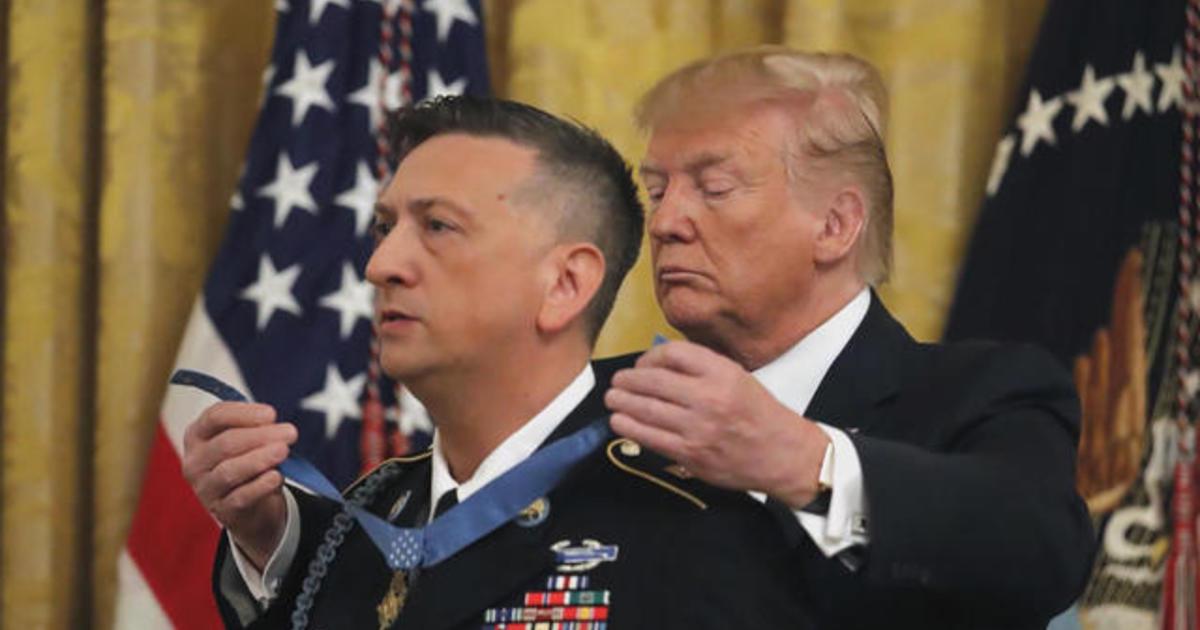 Medal of Honor recipient describes brutal battle - CBS News