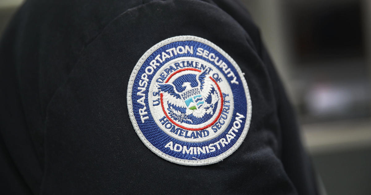 TSA chief says hundreds of workers have been deployed to border