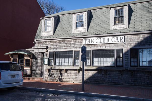 Club Car restaurant