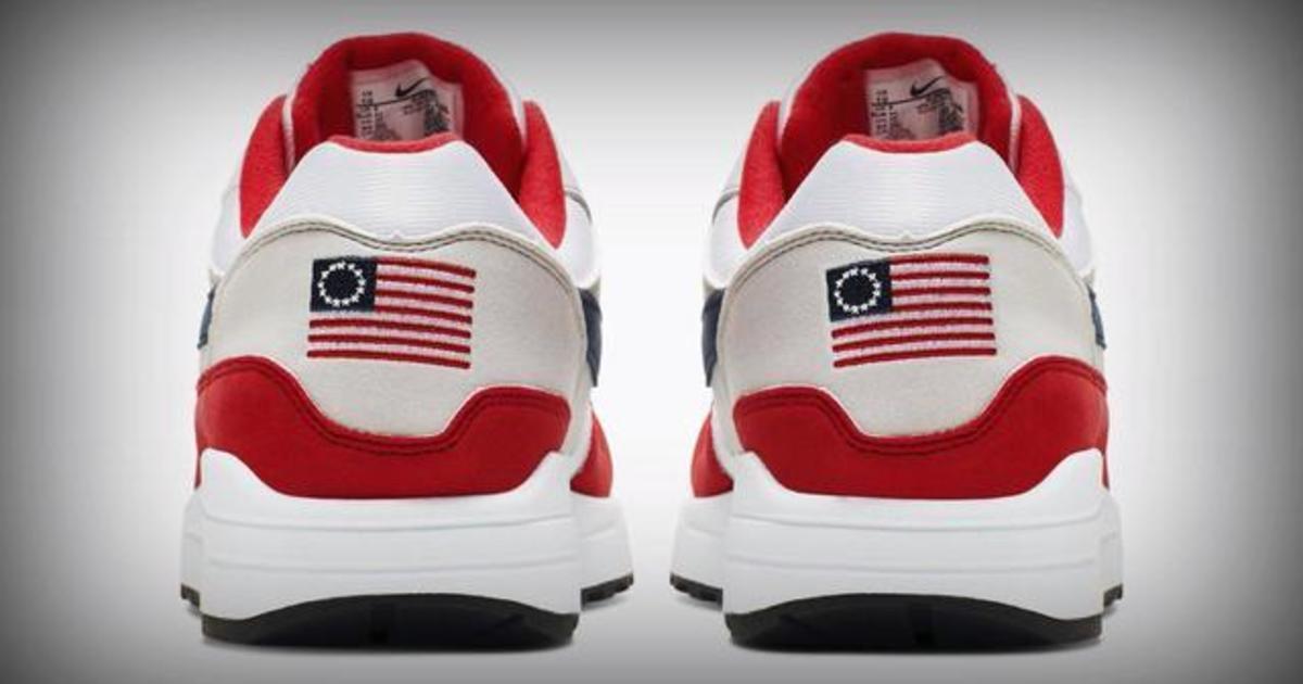 b7efcb7b6c726 Nike pulls