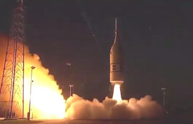 NASA launches Orion crew capsule to test abort system