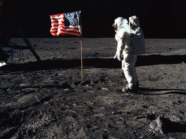 apollo-11-buzz-aldrin-with-the-flag-on-the-moon-nasa-promo-top.jpg