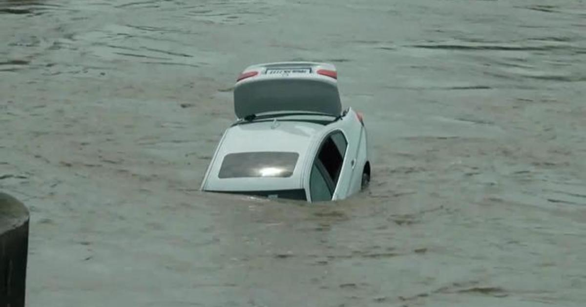 22-year-old pushes BMW into a river because he wanted a