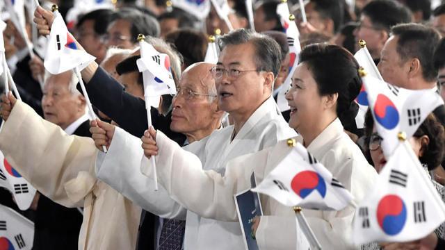 0817-zbz-northkoreapeacetalk-1914038-640x360.jpg