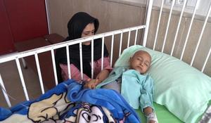 Iran sanctions threaten the lives of young cancer patients