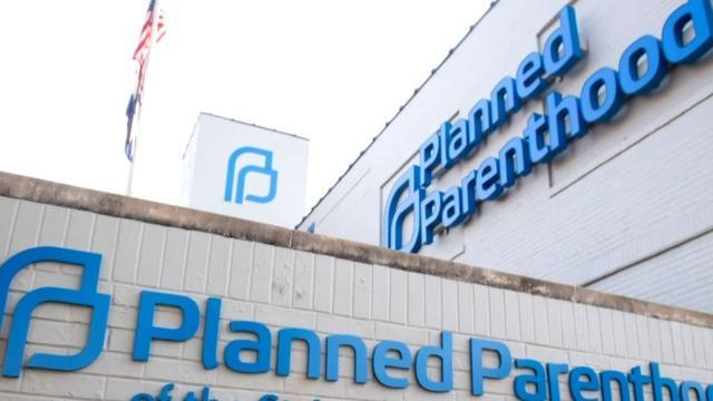 cbsn-fusion-planned-parenthood-other-clinics-at-risk-title-x-gag-rule-trump-administration-thumbnail-1915149-640x360.jpg