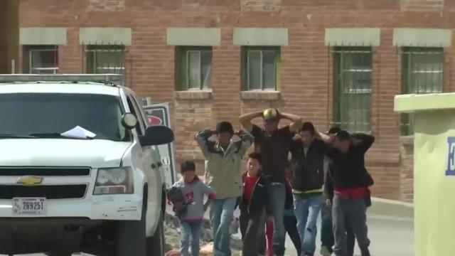 cbsn-fusion-new-immigration-policy-would-allow-government-to-hold-migrant-families-indefinitely-thumbnail-1917093.jpg
