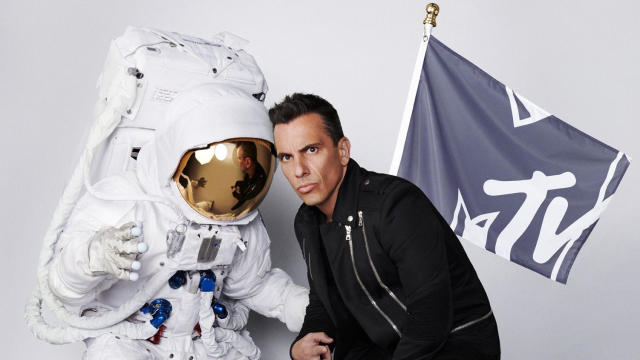 Sebastian Maniscalco, host of the 2019 MTV Video Music Awards