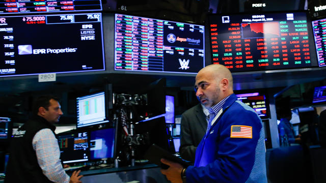 U.S Stocks Fall After China Imposes Retaliatory Tariffs