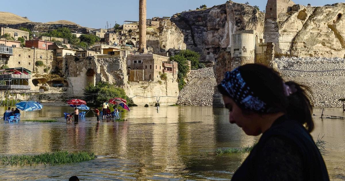 Despair as Turkey prepares to flood one of the world's oldest cities