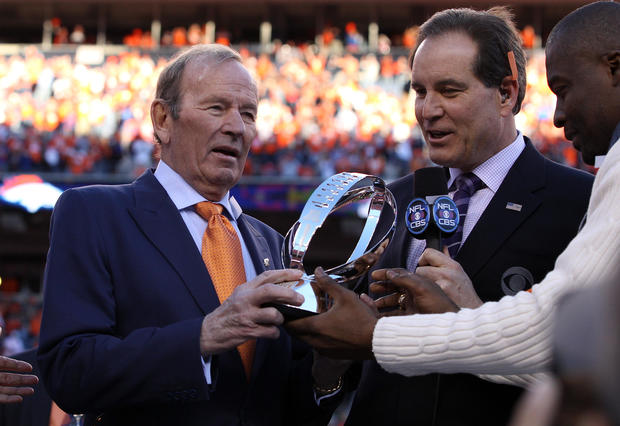 Denver Broncos v St. Louis Rams