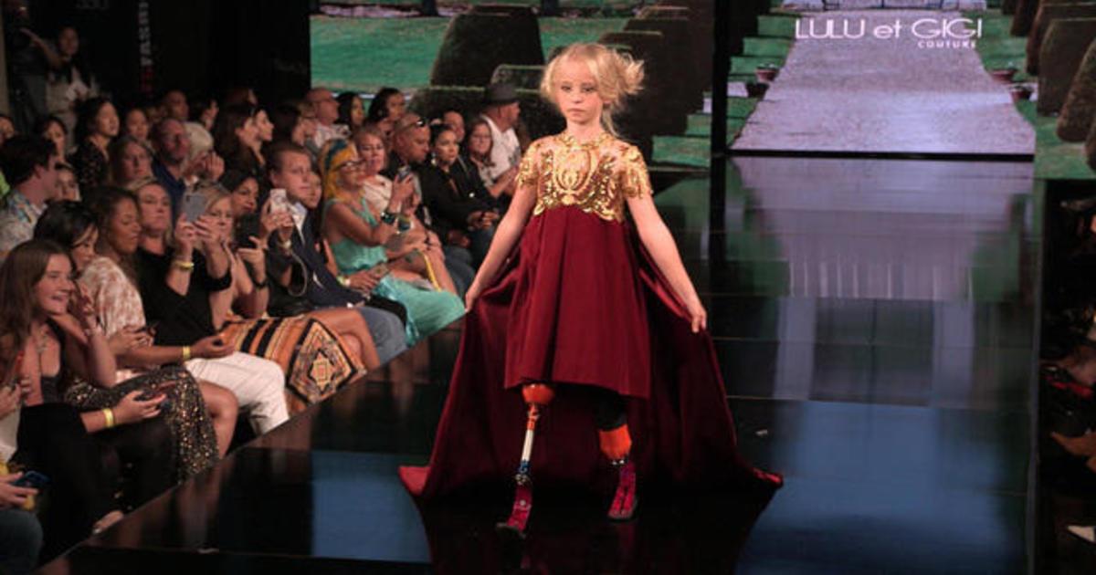 Nyfw 9 Year Old Double Amputee Daisy May Demetre Walks The Lulu Et Gigi Runway At New York Fashion Week Cbs News