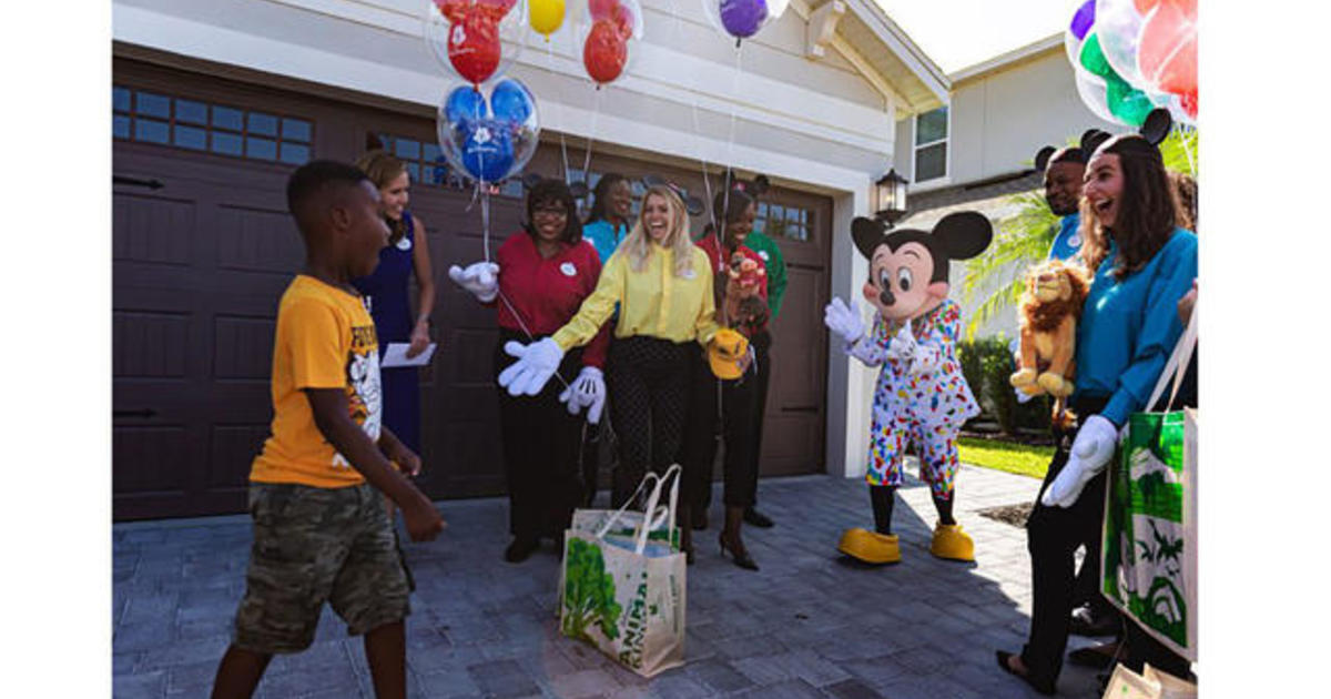 6-year-old spends Disney World trip money on Hurricane Dorian victims