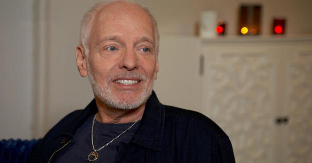"""Peter Frampton on preparing for his final show: """"I don't ever want it to end"""""""