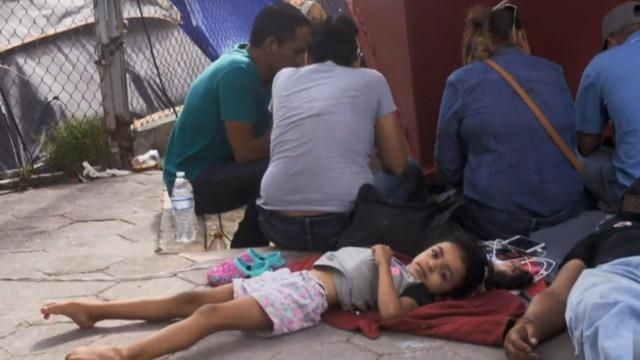 cbsn-fusion-us-signs-asylum-deal-with-violence-ridden-el-salvador-to-deter-migrants-thumbnail-350492-640x360.jpg