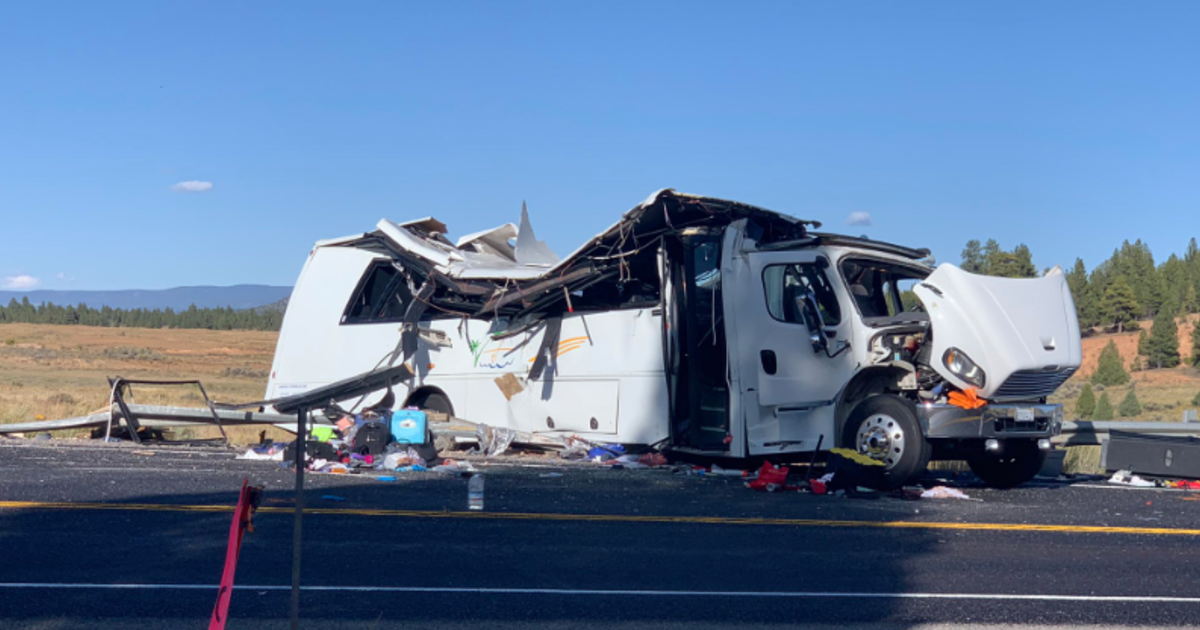 Victims identified in southern Utah bus crash that killed 4 tourists