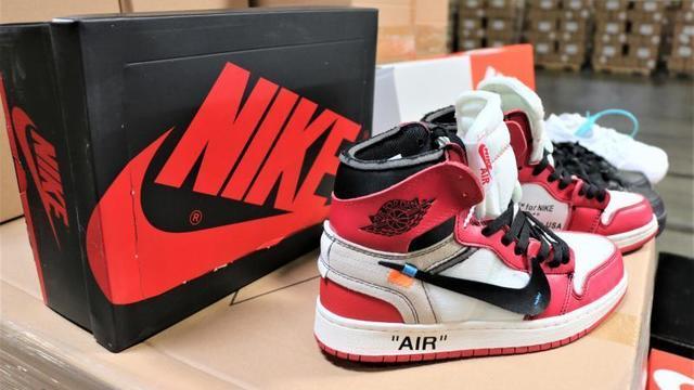 fake-nike-shoes-01.jpg