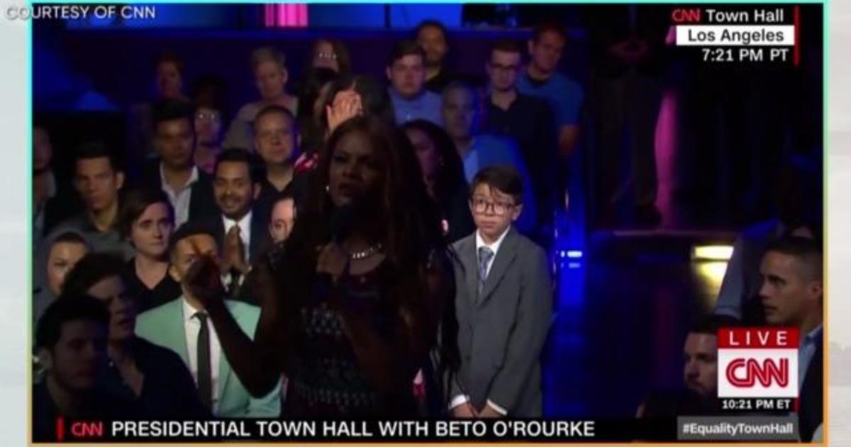 Transgender activist interrupts CNN town hall