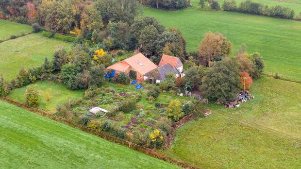 "Dutch family of 7 waiting for ""the end of time"" discovered living in farmhouse basement"