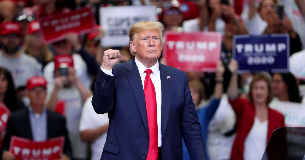 "Trump rally Dallas: Trump targets ""hateful"" Democrats leading impeachment inquiry and Beto O'Rourke at Dallas rally thumbnail"