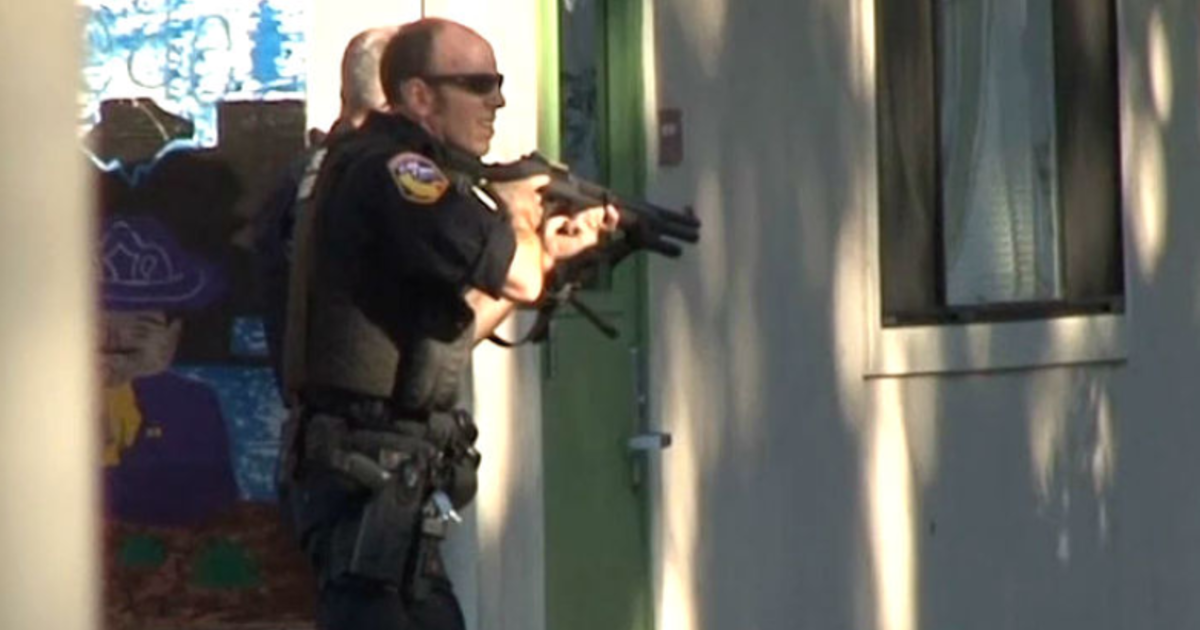 Suspected shooter arrested after wounding 1 near California school