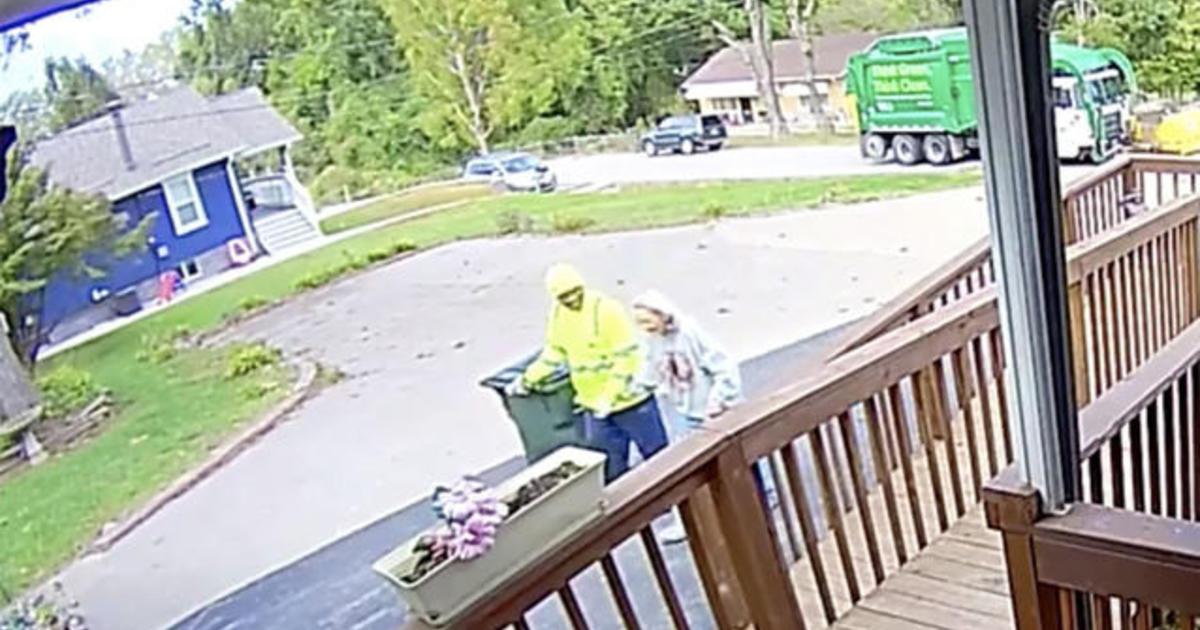 Caught on camera: Sanitation worker helps elderly woman