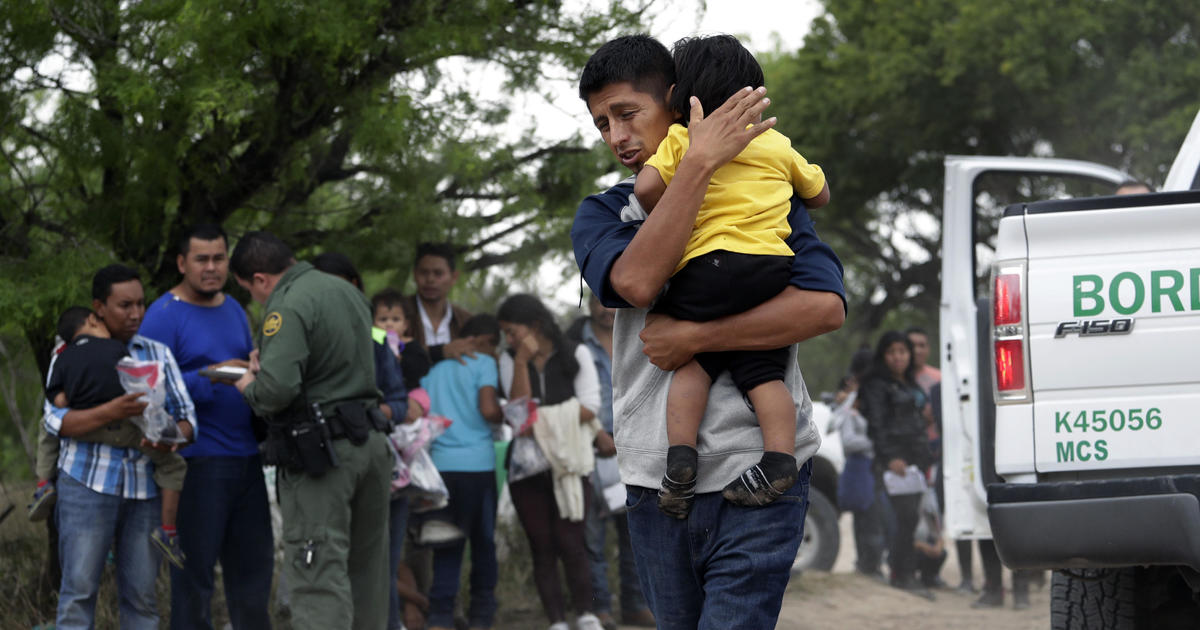 Administration using pilot program to fast-track deportations of asylum seekers at border
