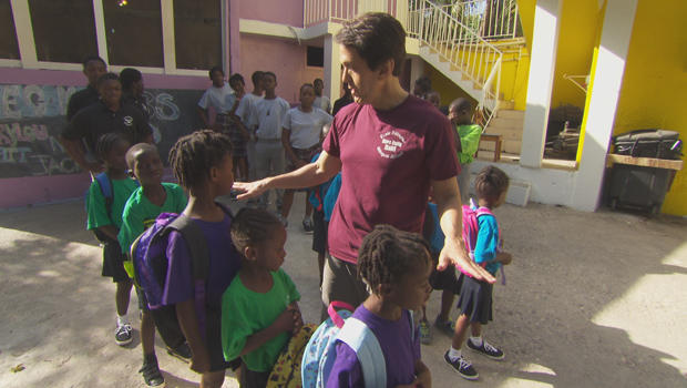 mitch-albom-with-children-at-have-faith-haiti-mission-620.jpg