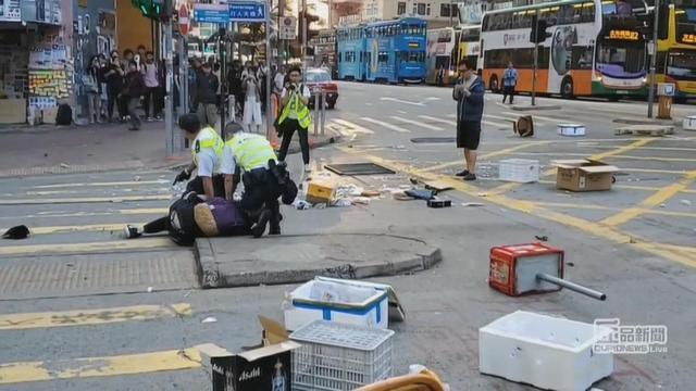 1111-ctm-hongkongprotests-inocencio-1974594-640x360.jpg