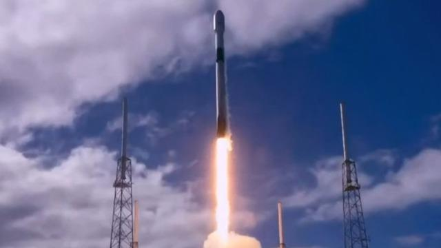 cbsn-fusion-spacex-launches-60-more-solar-powered-starlink-internet-satellites-into-orbit-thumbnail-399540-640x360.jpg
