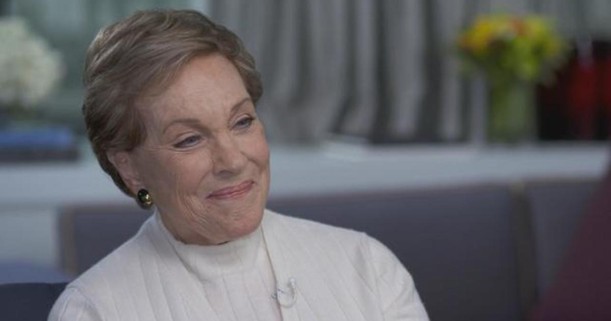 Julie Andrews on her career, meeting her late husband and going to therapy