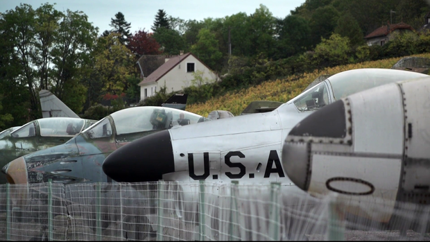 war-planes-france-wine-country-06.png