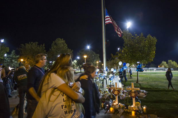 Santa Clarita Community Holds Vigil For Those Killed And Injured In Saugus High School Shooting