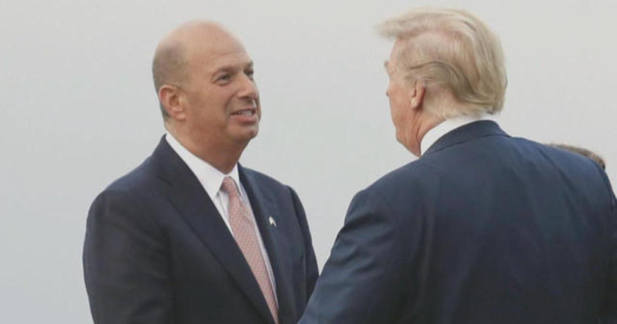 Trump distances himself from Sondland after bombshell testimony
