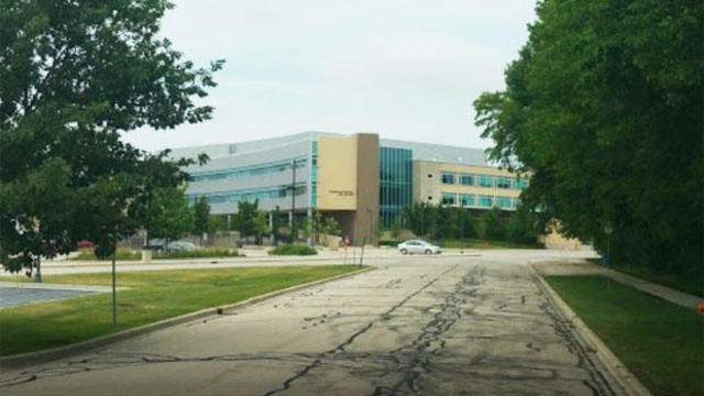 naperville-central-high-school-in-illinois.jpg