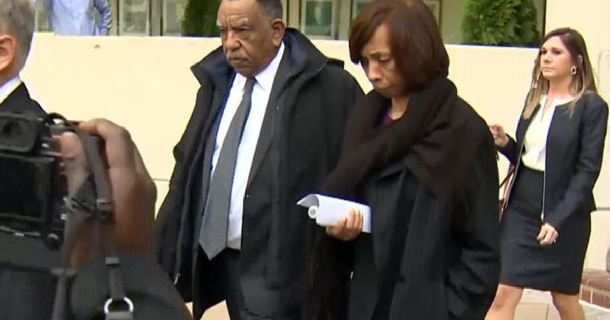 Former Baltimore mayor pleads guilty in corruption scheme