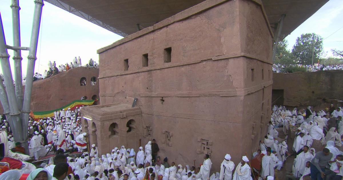 Lalibela: 11 churches, each sculpted out of a single block of stone 800 years ago
