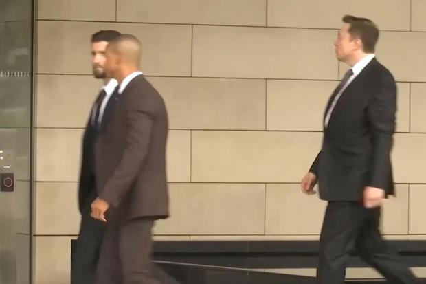 Billionaire Tesla Inc boss Elon Musk arrives at federal court in Los Angeles