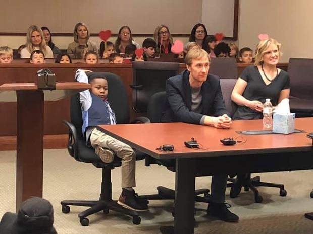 This 5-year-old boy's entire kindergarten class showed up for his adoption hearing