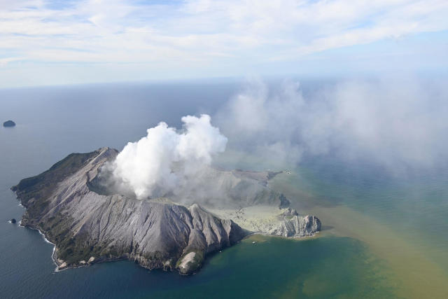 New Zealand Volcano Eruption On White Island Today At Least 5