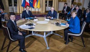 Putin meets with Zelensky