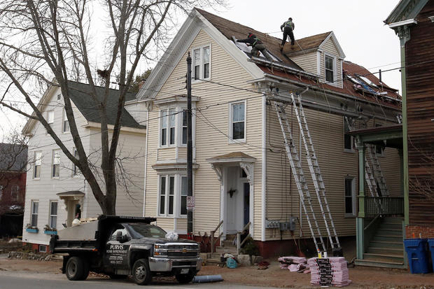 Roofer dies after fall