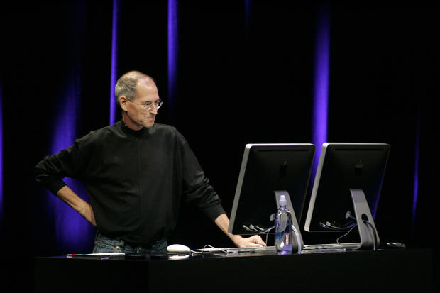 Apple's Steve Jobs introduces the new Genius feature for its products, as well as the latest Nano and iTouch, at the Yerba Buena Center for Performing Arts in San Francisco, Tuesday September 9, 2008. (MARIA J. ¡VILA/MERCURY NEWS)