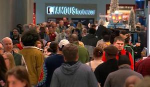 """Super Saturday"" shoppers spent nearly $35 billion"