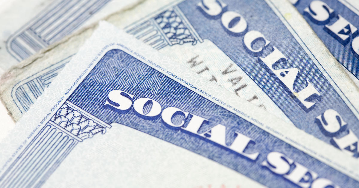 Social Security to pay extra $20 a month on average in 2021, one of sm... image