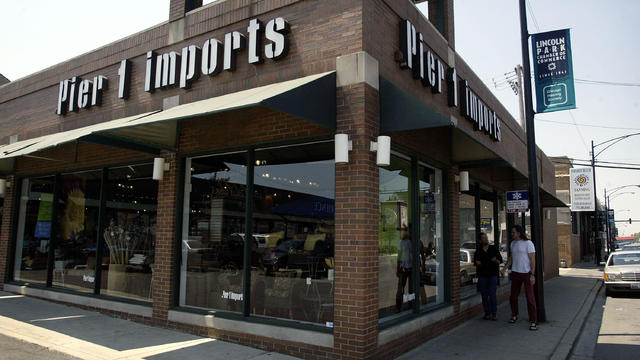 Pier 1 Imports Posts Lower Quarterly Profit